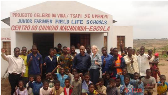 Monitoring and Evaluating United Nations (FAO) Post Conflict Reconstruction, Farmer Field Schools, Mozambique 2004